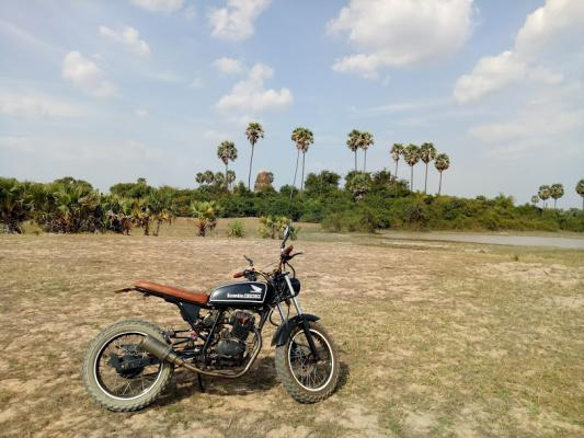Custom bike tours Siem Reap, Camouflage Adventures Cambodia