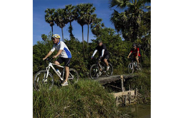 Off beaten track Siem Reap, Siem Reap Cycling Tour